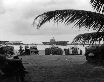 WWII - Midway, Hornet entering PH 26 May 42