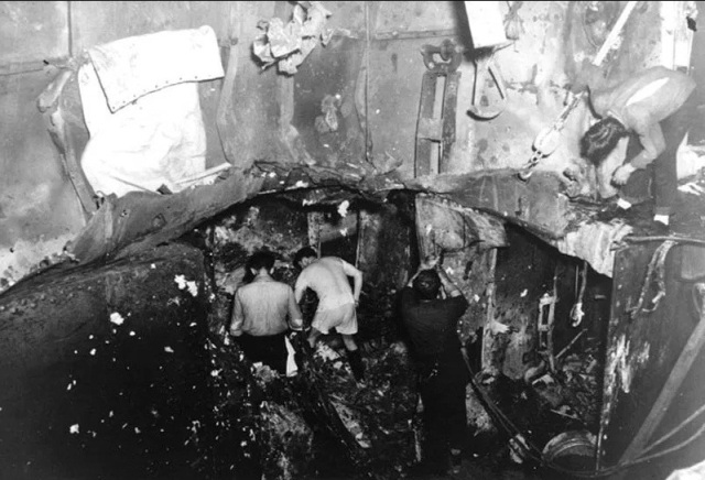 WWII - Midway, Yorktown internal damage e.g.